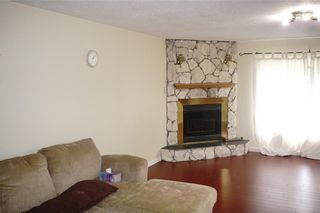 Photo 4: 4311 6 Avenue SE in Calgary: Forest Heights House for sale : MLS®# C4138677