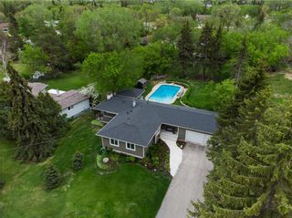 Photo 3: 292 MINNEHAHA Avenue in West St Paul: Middlechurch Residential for sale (R15)  : MLS®# 202111112