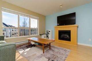 """Photo 2: D401 8929 202ND Street in Langley: Walnut Grove Condo for sale in """"THE GROVE"""" : MLS®# F1428782"""