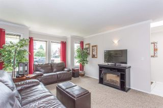 "Photo 10: 44389 ELSIE Place in Chilliwack: Sardis West Vedder Rd House for sale in ""Petersburg"" (Sardis)  : MLS®# R2564238"