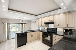 Photo 18: 35 68 Baycrest Place SW in Calgary: Bayview Semi Detached for sale : MLS®# A1150745