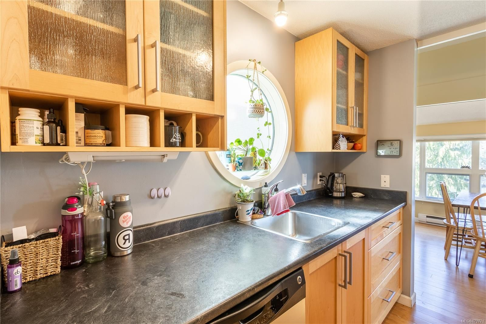 Photo 10: Photos: 305 205 1st St in : CV Courtenay City Condo for sale (Comox Valley)  : MLS®# 872771