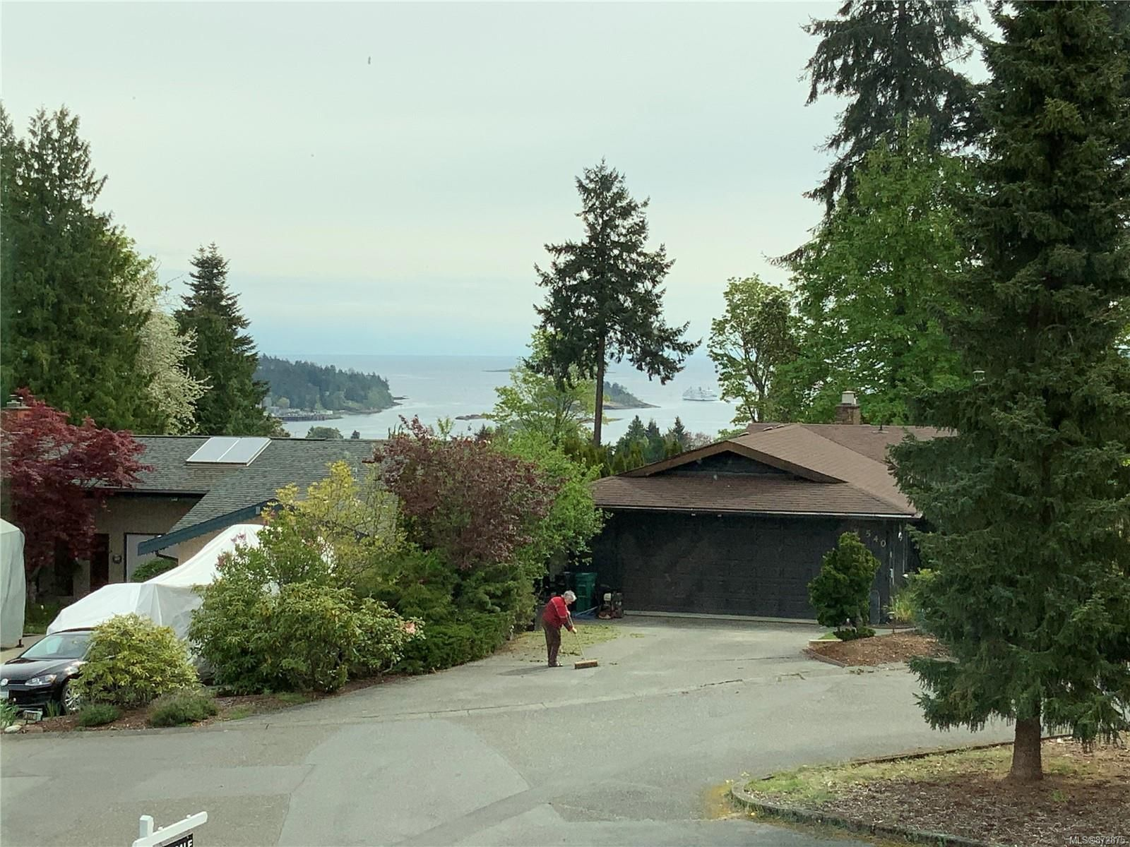 Main Photo: 541 Greenbriar Pl in : Na Departure Bay House for sale (Nanaimo)  : MLS®# 872875