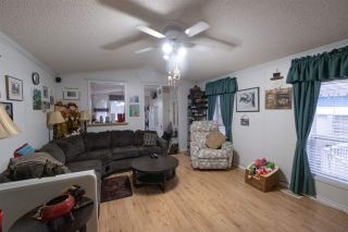 Photo 11: 35 8266 KING GEORGE Boulevard in Surrey: Bear Creek Green Timbers Manufactured Home for sale : MLS®# R2532673