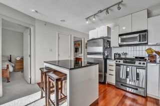 """Photo 10: 1502 151 W 2ND Street in North Vancouver: Lower Lonsdale Condo for sale in """"SKY"""" : MLS®# R2528948"""