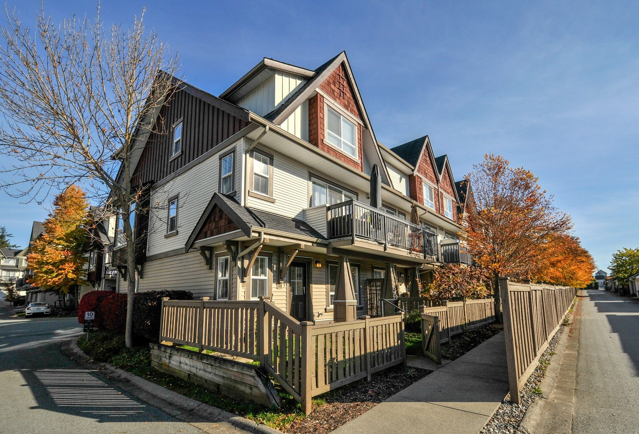 Main Photo: 75 7155 189 Street in Surrey: Clayton Townhouse for sale : MLS®# R2315998