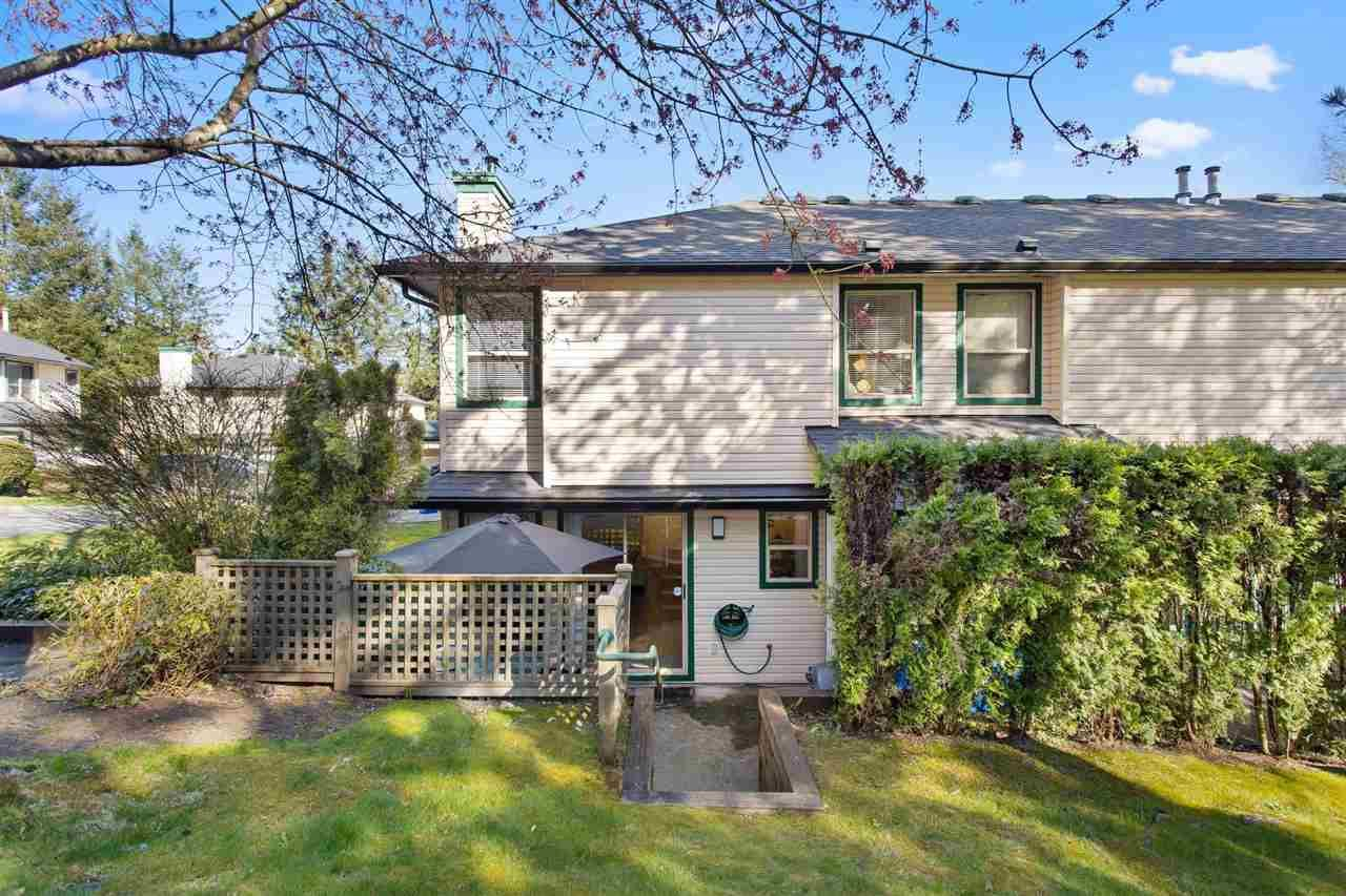 """Main Photo: 25 21960 RIVER Road in Maple Ridge: West Central Townhouse for sale in """"FOXBOROUGH HILL"""" : MLS®# R2573334"""