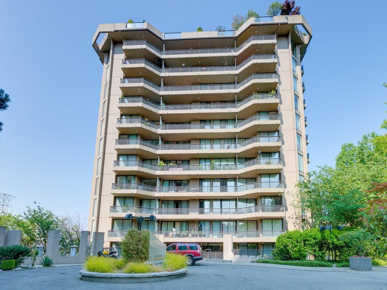 Main Photo: 606 3740 ALBERT Street in Burnaby: Vancouver Heights Condo for sale (Burnaby North)  : MLS®# R2606688