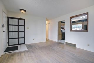 Photo 7: 5107 Forego Avenue SE in Calgary: Forest Heights Detached for sale : MLS®# A1082028