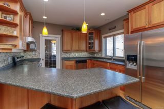 Photo 9: 827 Pintail Pl in : La Bear Mountain House for sale (Langford)  : MLS®# 877488