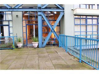 """Photo 11: 204 237 E 4TH Avenue in Vancouver: Mount Pleasant VE Condo for sale in """"THE ARTWORKS"""" (Vancouver East)  : MLS®# V1102209"""
