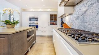 """Photo 12: 204 6333 WEST BOULEVARD Boulevard in Vancouver: Kerrisdale Condo for sale in """"McKinnon"""" (Vancouver West)  : MLS®# R2575295"""