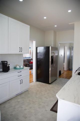 Photo 4: 238 Martin Avenue West in Winnipeg: Elmwood Residential for sale (3A)  : MLS®# 202107884