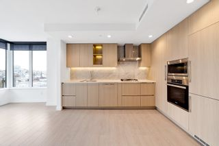 """Photo 6: 1214 1768 COOK Street in Vancouver: False Creek Condo for sale in """"Venue One"""" (Vancouver West)  : MLS®# R2625843"""