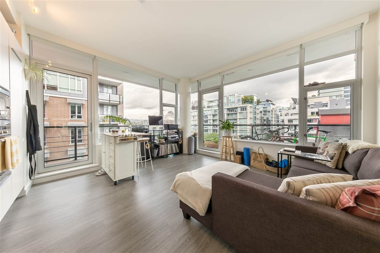 "Main Photo: 501 123 W 1ST Avenue in Vancouver: False Creek Condo for sale in ""COMPASS"" (Vancouver West)  : MLS®# R2465773"