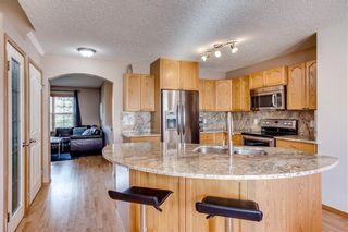Photo 8: 67 EVERSYDE Circle SW in Calgary: Evergreen Detached for sale : MLS®# C4242781