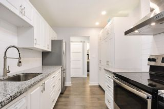 """Photo 5: 208 1740 SOUTHMERE Crescent in Surrey: Sunnyside Park Surrey Condo for sale in """"CAPSTAN WAY"""" (South Surrey White Rock)  : MLS®# R2234787"""