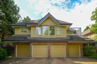 """Photo 2: 3934 LINWOOD Street in Burnaby: Burnaby Hospital Townhouse for sale in """"CASCADE VILLAGE"""" (Burnaby South)  : MLS®# R2489487"""