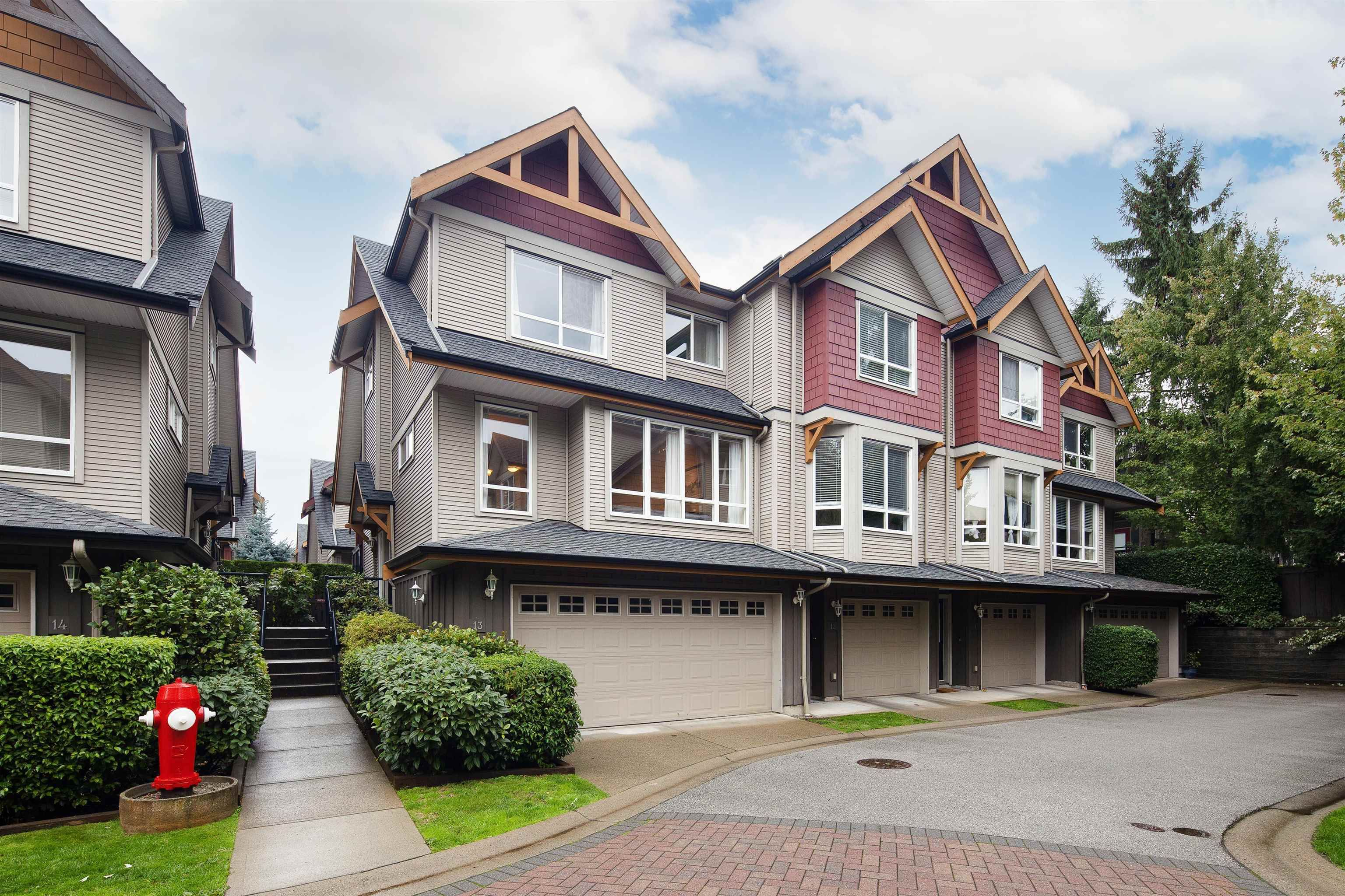 """Main Photo: 13 16789 60 Avenue in Surrey: Cloverdale BC Townhouse for sale in """"LAREDO"""" (Cloverdale)  : MLS®# R2623351"""