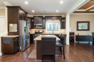 """Photo 6: 8067 210 Street in Langley: Willoughby Heights House for sale in """"YORKSON"""" : MLS®# R2326682"""