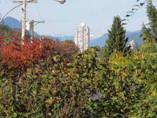 Photo 17: 509 MCDONALD Street in New Westminster: The Heights NW House for sale : MLS®# R2011511