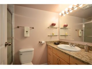 """Photo 8: 104 37 AGNES Street in New Westminster: Downtown NW Condo for sale in """"AGNES COURT"""" : MLS®# V927022"""