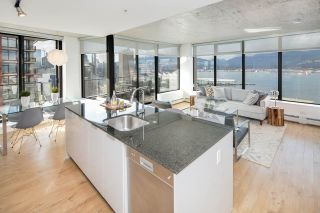 """Photo 1: 2309 108 W CORDOVA Street in Vancouver: Downtown VW Condo for sale in """"WOODWARDS W32"""" (Vancouver West)  : MLS®# R2146313"""