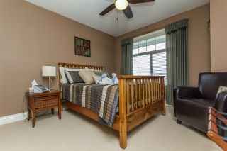 """Photo 8: 2 3299 HARVEST Drive in Abbotsford: Abbotsford East House for sale in """"HIGHLANDS"""" : MLS®# R2149440"""