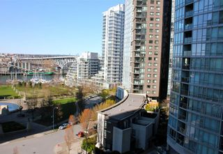"Photo 9: 1006 1438 RICHARDS Street in Vancouver: Yaletown Condo for sale in ""AZURA"" (Vancouver West)  : MLS®# V1055903"