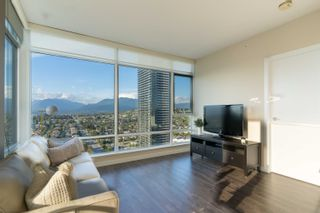 """Photo 3: 2703 4485 SKYLINE Drive in Burnaby: Brentwood Park Condo for sale in """"SOLO DISTRICT 2 - ALTUS"""" (Burnaby North)  : MLS®# R2617885"""
