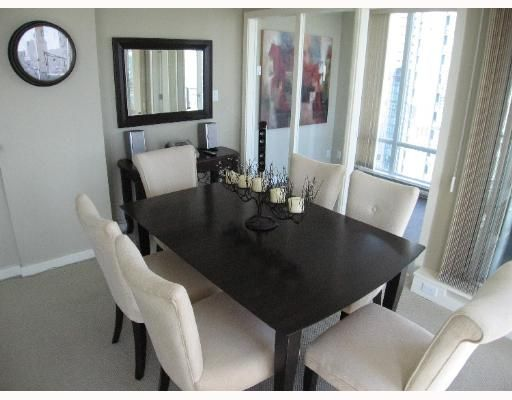 """Photo 7: Photos: 583 BEACH Crescent in Vancouver: False Creek North Condo for sale in """"TWO PARKWEST"""" (Vancouver West)  : MLS®# V634850"""