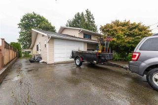 Photo 3: 7242 EVANS Road in Chilliwack: Sardis West Vedder Rd Duplex for sale (Sardis)  : MLS®# R2500914