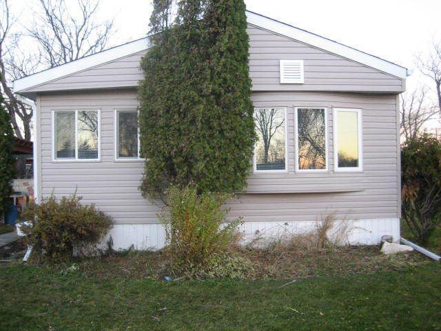 Main Photo: 78 Alder Crescent in St. Clements: Birdshill Area Residential for sale ()  : MLS®# 1400451