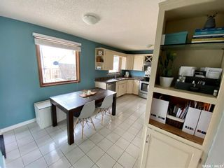 Photo 5: 235 McCarthy Boulevard North in Regina: Normanview Residential for sale : MLS®# SK865155