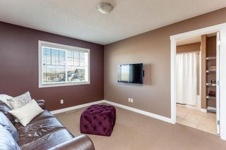 Photo 12: 334D Silvergrove Place NW in Calgary: Silver Springs Detached for sale : MLS®# A1083137
