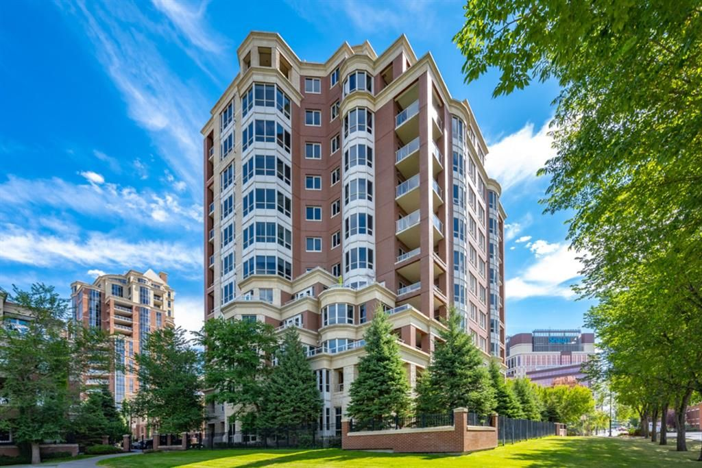 Main Photo: 1103 690 Princeton Way SW in Calgary: Eau Claire Apartment for sale : MLS®# A1148578