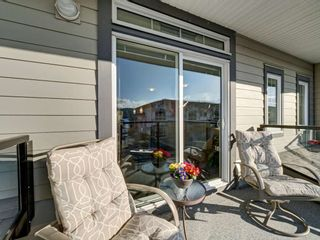 "Photo 2: 5980 OLDMILL Lane in Sechelt: Sechelt District Townhouse for sale in ""Edgewater"" (Sunshine Coast)  : MLS®# R2243724"