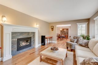 """Photo 2: 2895 COUNTRY WOODS Drive in Surrey: Grandview Surrey House for sale in """"Country Woods"""" (South Surrey White Rock)  : MLS®# R2051095"""