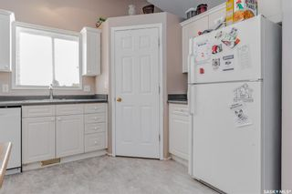 Photo 8: 107 Hall Crescent in Saskatoon: Westview Heights Residential for sale : MLS®# SK868538