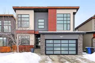 Main Photo: 42 Westpoint Mews SW in Calgary: West Springs Detached for sale : MLS®# A1071415