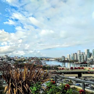 "Photo 35: 315 288 W 1ST Avenue in Vancouver: False Creek Condo for sale in ""JAMES"" (Vancouver West)  : MLS®# R2511777"