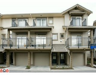 """Photo 1: 47 20326 68TH Avenue in Langley: Willoughby Heights Townhouse for sale in """"SUNPOINTE"""" : MLS®# F1005168"""