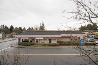 "Photo 14: 205 13771 72A Avenue in Surrey: East Newton Condo for sale in ""Newton Plaza"" : MLS®# R2325822"