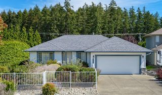 Photo 1: 711 Moralee Dr in : CV Comox (Town of) House for sale (Comox Valley)  : MLS®# 854493