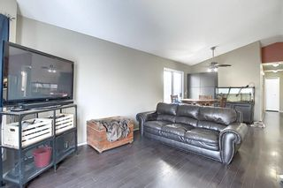 Photo 3: 163 Erin Meadow Green SE in Calgary: Erin Woods Detached for sale : MLS®# A1077161