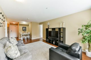 """Photo 10: 209 2373 ATKINS Avenue in Port Coquitlam: Central Pt Coquitlam Condo for sale in """"Carmandy"""" : MLS®# R2365119"""