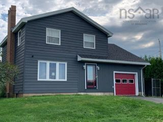 Photo 1: 5718 Little Harbour Road in Kings Head: 108-Rural Pictou County Residential for sale (Northern Region)  : MLS®# 202122333