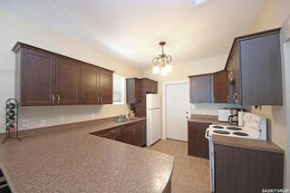 Photo 10: 2065 QUEEN Street in Regina: Cathedral RG Residential for sale : MLS®# SK864129