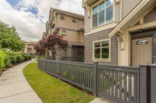 """Photo 1: 31 31125 WESTRIDGE Place in Abbotsford: Abbotsford West Townhouse for sale in """"Kinfield"""" : MLS®# R2377507"""