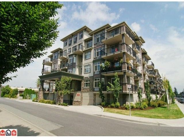 "Main Photo: 401 9060 BIRCH Street in Chilliwack: Chilliwack W Young-Well Condo for sale in ""THE ASPEN GROVE"" : MLS®# H1103555"